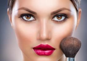 Maquillages de fêtes ;